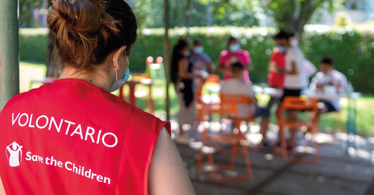 Banner-volontariato-in-presenza-con-Save-the-Children-Estate-2021