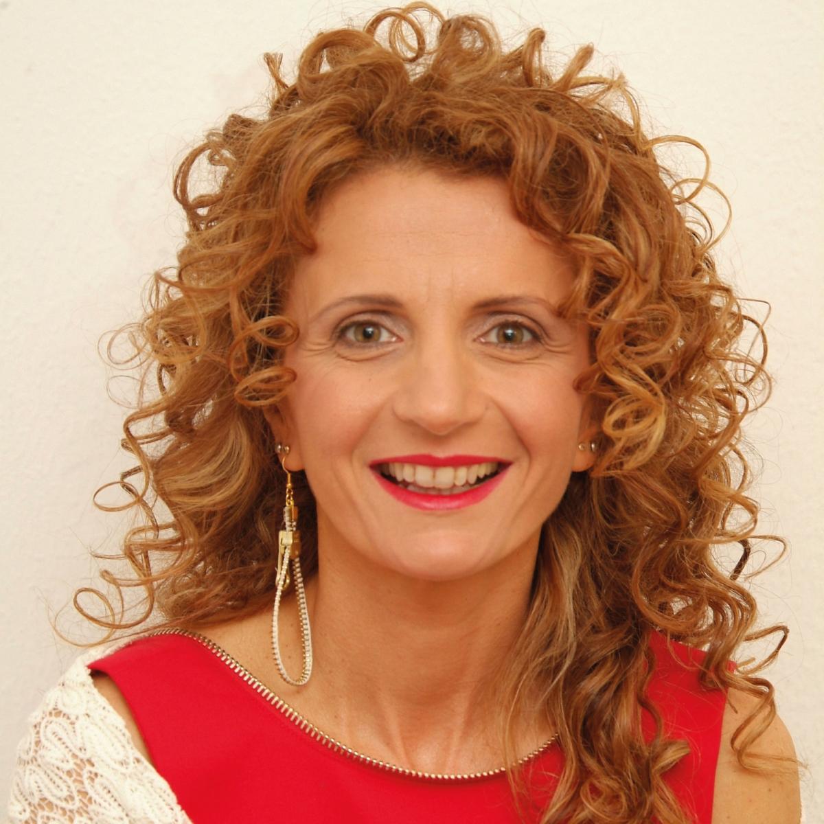 Rosa-Giampetruzzi-presidente-Una-Rosa-blu-per-Carmela-1200